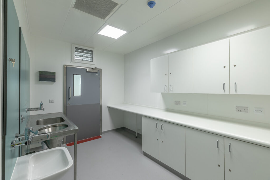 ModuleCo Modular Dirty Utility Operating Theatre Complex ROH Image